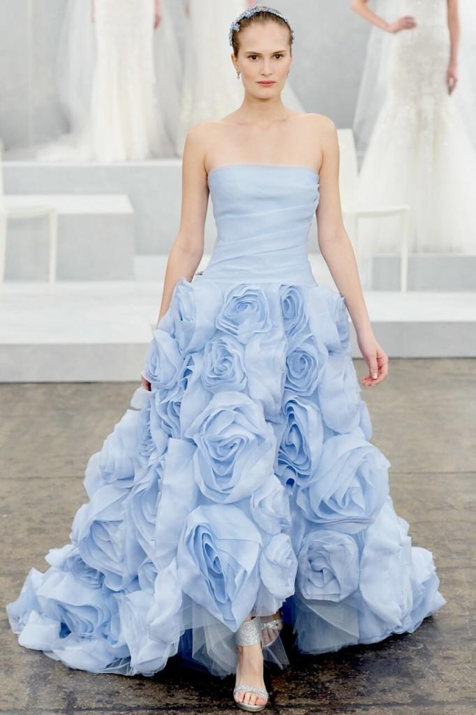 Синя весільна сукня