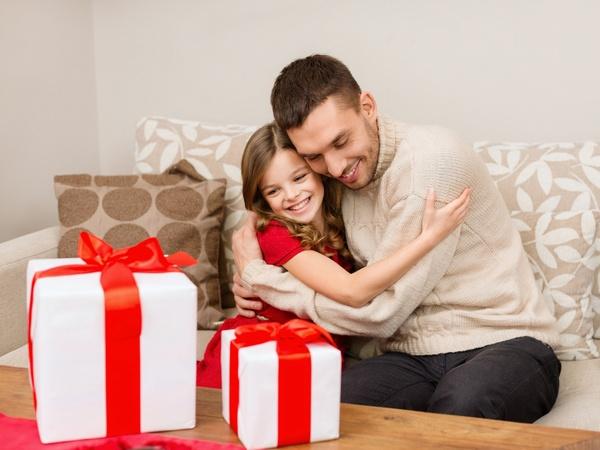 Недорогі новорічні подарунки для тата