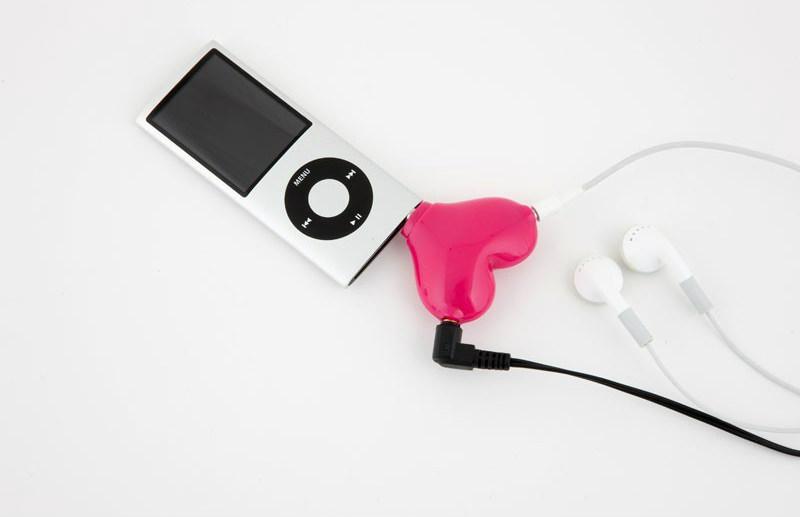 Розгалужувач для навушників у формі серця