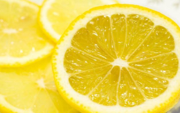 Лимон: користь і шкода, калорійність