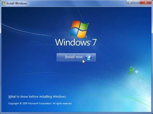 Що робити, якщо з'являється чорний екран при завантаженні Windows 7