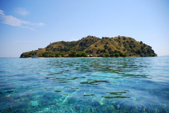 Тропічний острів Канава