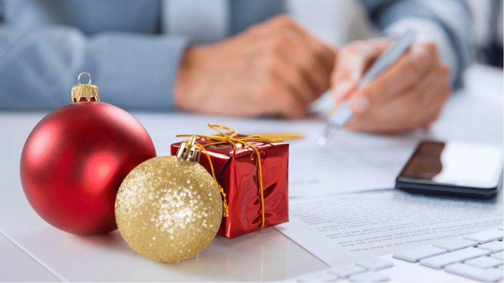 Що подарувати колегам на Новий Рік ?