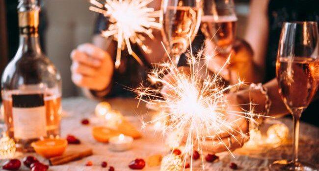 Привітання з наступаючим Новим роком 2021